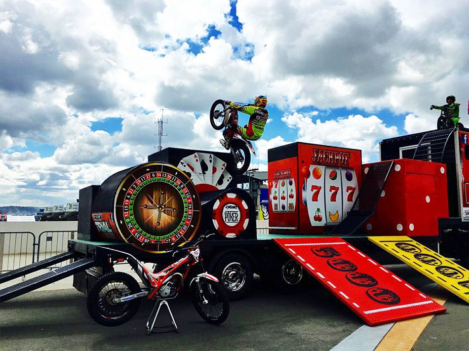 decoration tageur graffiti mobilier urbain truck